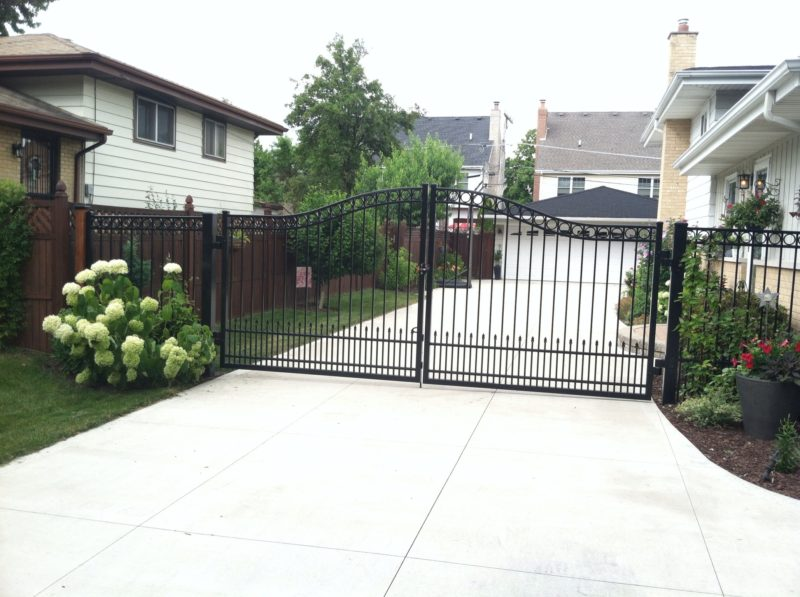 Aluminum residential estate gate