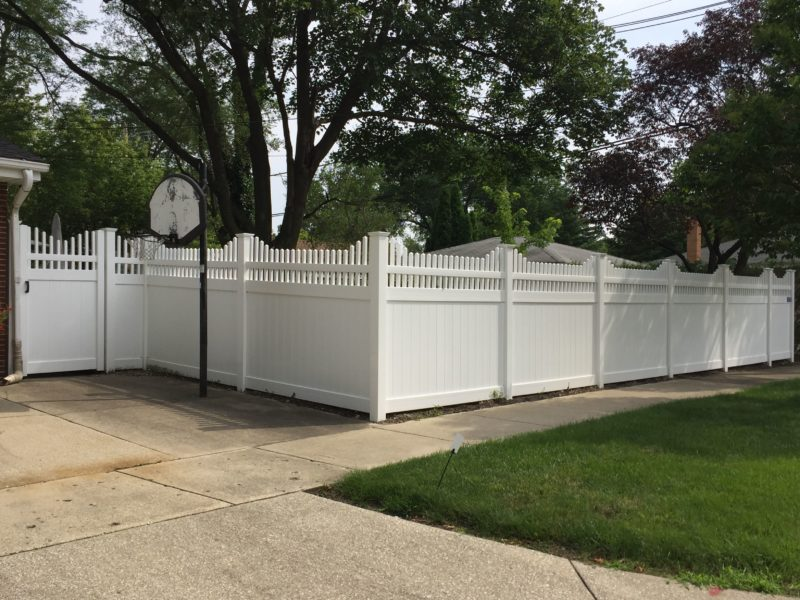 Photo of a 6 foot White Vienna PVC fence installed by First Fence Company