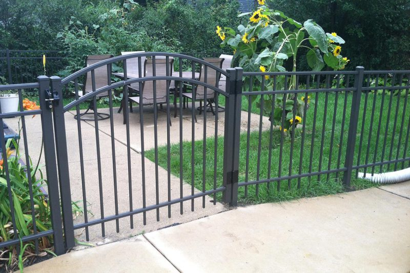 Photo of a custom Ultra Aluminum fence installed by First Fence Company in Hillside, IL