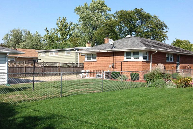 Photo of residential chain link fence - First Fence