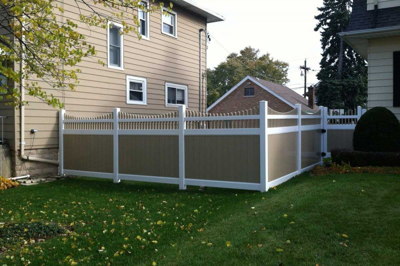 Photo of residential vinyl and pvc fence - First Fence